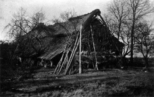 """De """"Hut van Mie Pils"""" omstreeks 1928."""